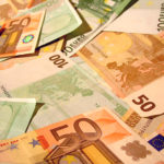 Forex Market: EUR/USD extends drop from 2-1/2-year highs following ECB Vice President comments