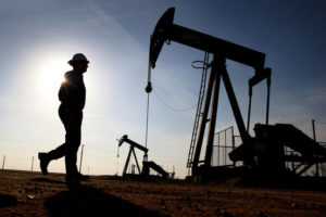 Crude oil trading outlook: WTI and Brent futures pare slump, data eyed