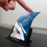 Samsung, LG test curved screens in a search for tech breakthrough