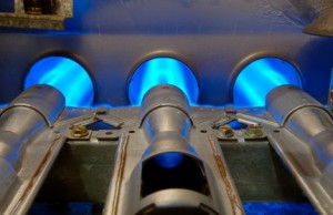 Natural gas trading outlook: futures slide on warmer weather