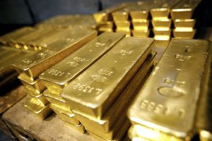 Gold trading outlook: futures trade little changed near 2-month lows ahead of US revised GDP