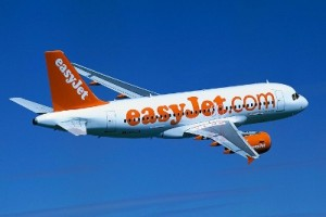 EasyJet share price down, boosts first-half guidance on cheap fuel