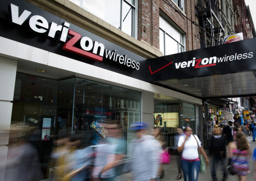 Verizon could close its Yahoo acquisition with a $250 million discount