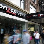 Verizon shares gain a third straight session on Monday, wireless carrier gets $350 million discount for Yahoo's core assets