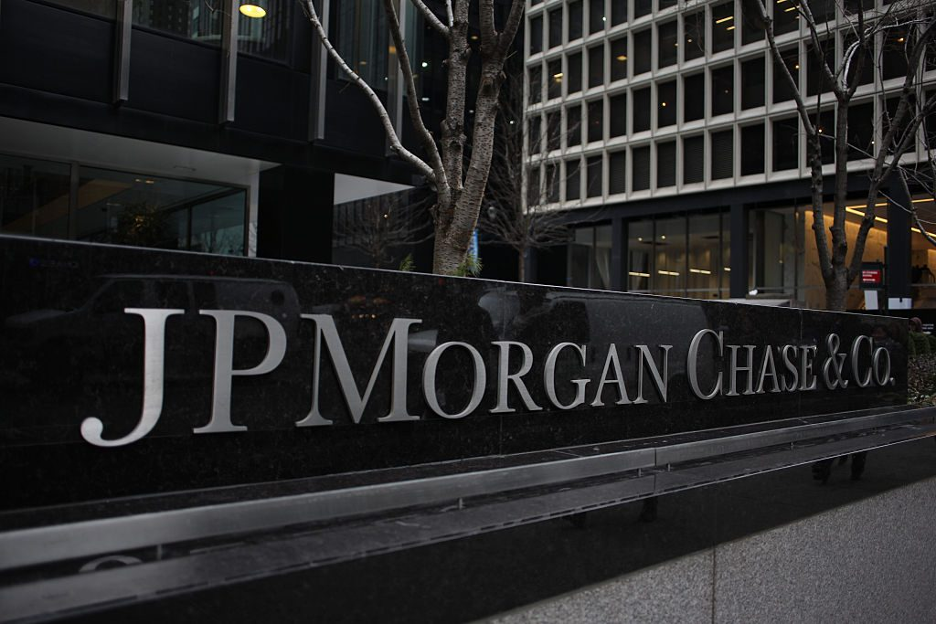 JPMorgan chief warns of 4000 United Kingdom job losses outside European Union rules