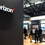 Verizon shares close little changed on Thursday, second-quarter earnings top estimates on stronger-than-expected phone subscriber growth