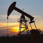 Oil steady on Obama comments, global output, inventories data