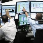 European stock markets advance slightly before US data