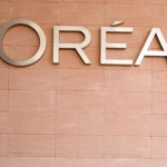 L'Oreal buys back 8% stock from Nestle in a 8.2-billion-dollar deal