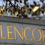 Glencore Xstrata Plc says it is still negotiating with Chinese bidder over a 5-billion-dollar asset