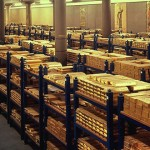 Commodities trading outlook: gold, silver futures add on Ukraine, copper pressured
