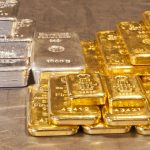 Gold and silver trading outlook: futures set for sizable weekly losses amid strong US; stocks record high