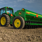Grains trading outlook: wheat and corn futures continue to drop, soybeans reverse some losses; US crops report