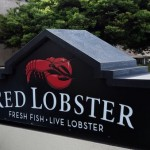 Darden Restaurants Inc. share price down, sells Red Lobster chain for $2.1 billion, faces investor criticism