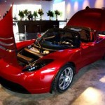 Tesla Motors Inc share price down, to build its first battery plant in Nevada