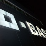 BASF SE share price down, Q4 profit tops projections