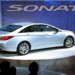 Hyundai share price tumbles as sales extend decline