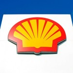 Shell share price up, Q2 profit tops estimates, to axe 6 500 jobs