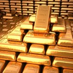 Gold trading outlook: futures trade near 15-week lows after mixed US data, official NFP numbers in focus