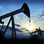 Commodity Market: US Crude Oil resumes slide as API reports a surprise US crude inventory build
