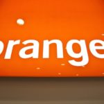 Orange shares rebound on Friday, company prepares to sell 1 500 mobile towers in Spain, report says